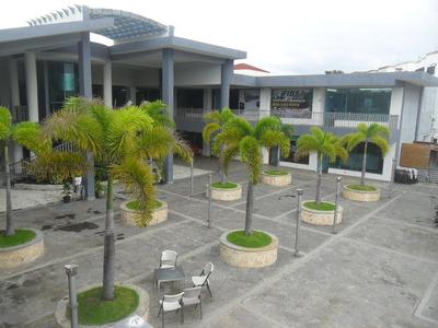 Alquiler Local Comercial Santiago En La Plaza Barc L Na