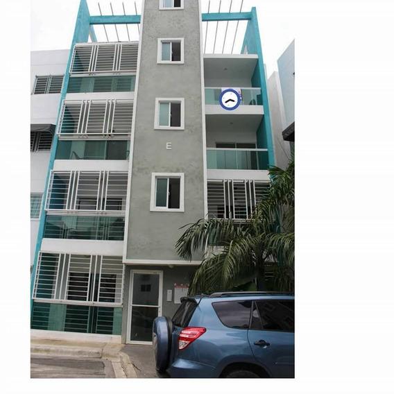 Alquiler De Apartamento En Colinas Del Arroyo