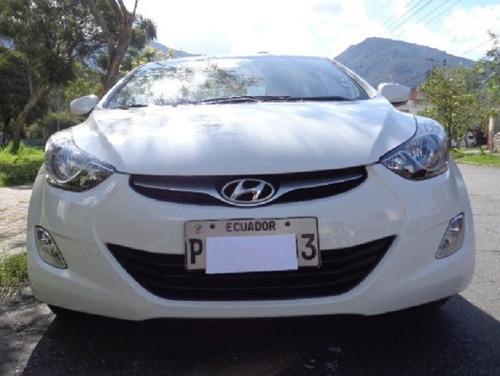 Flamante Hyundai New Elantra 4p 1.8 Ac 2012