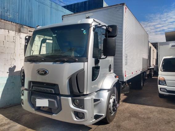 Caminhão Toco Ford Cargo 1519 Toco Baú Único Dono