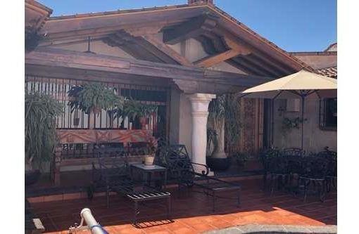 Exclusiva Residencia En Venta, Col. Del Valle, Querétaro