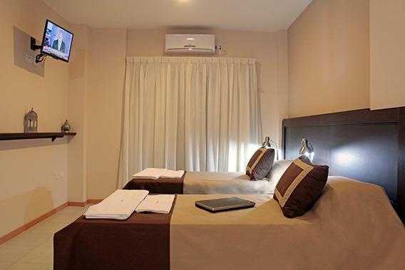 Hotel Muy Buena Ubicación Neuquen Capital, Excelente Estado