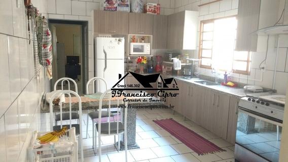 Casa A Venda No Bairro São Dimas Em Guaratinguetá - Sp. - Cs088-1