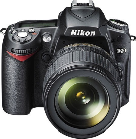 Nikon D90 Lente 18-105mm Para-sol