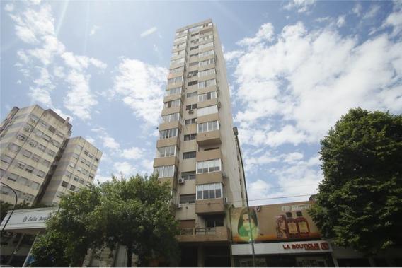 Departamento De 3 Dormitorios En Venta La Plata