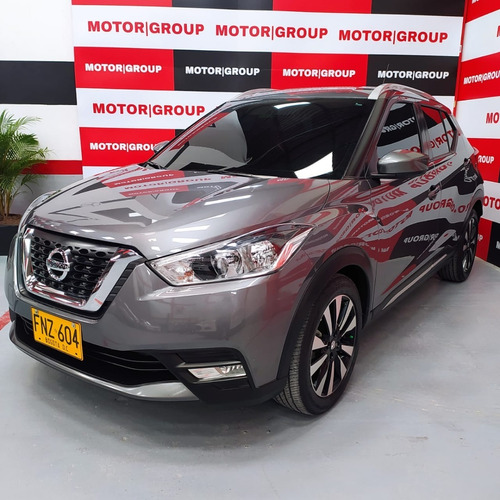 Nissan Kicks Gris 2019