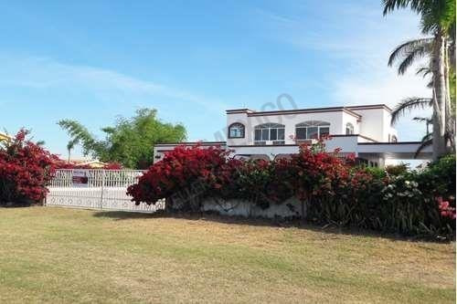 Ocean Front House For Sale - This Is Not Real Listing
