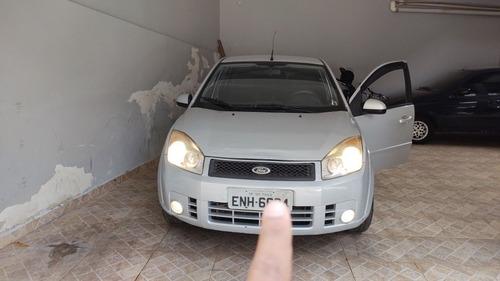 Imagem 1 de 6 de Ford Fiesta 2010 1.6 Trail Flex 5p