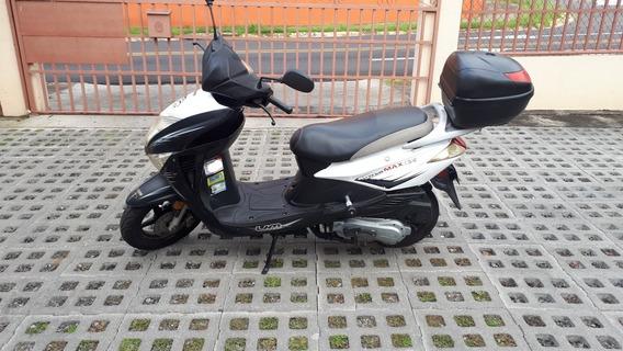 Um Powermax 125