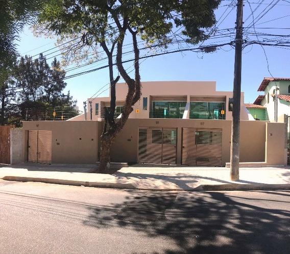 Linda Casa No Santa Amelia, 3 Quartos, Sendo 1 Suite Com Varanda, Sala Ampla E 3 Vagas. - 2560