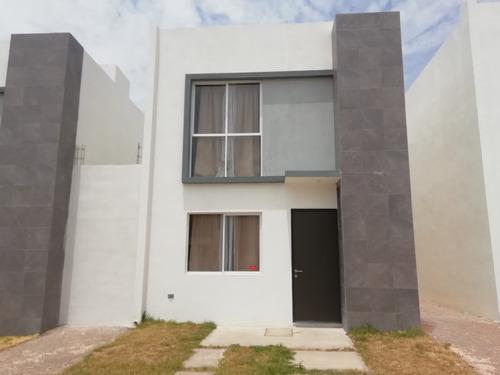 Casa En Renta, Colinas De San Patricio, Av Colinas De San Patricio, Rcr 399553