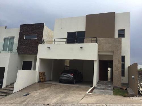 Casa Nuevo En Fraccionamiento Privado.