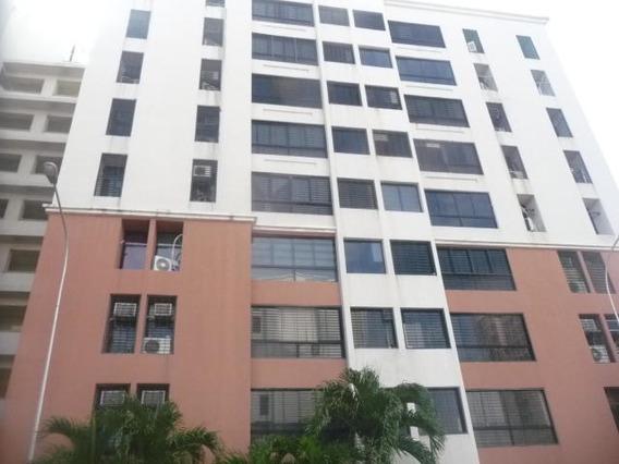 Apartamento En Venta En Urb Bosque Alto Maracay/ 19-9671 Wjo