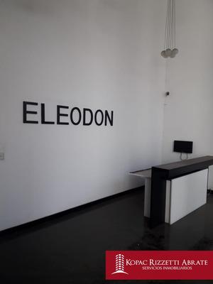Alberdi - Venta Edificio 2100 M2.
