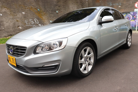 Volvo S60 T5 Momentum Tp 2000cc Aa 6ab Abs Sunroof