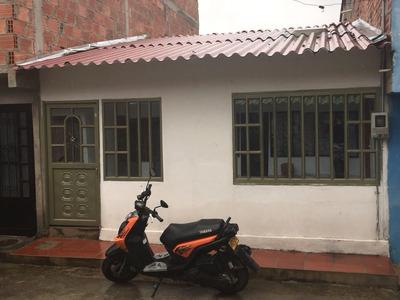 Se Vende Casa En El Municipio De Guaduas-cund. ¡buen Precio!