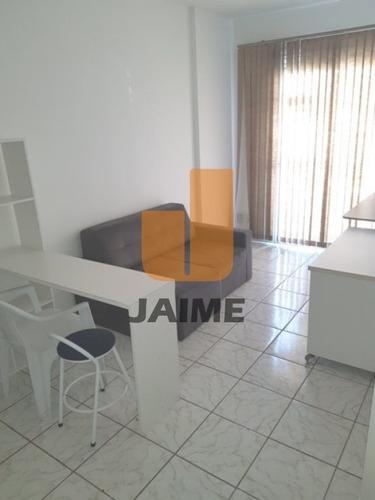 Imagem 1 de 14 de Flet Todo Mobiliado Em Prédio Com Lazer, 1 Dormitório E 1 Vaga, Em Pinheiros.  - Bi5136