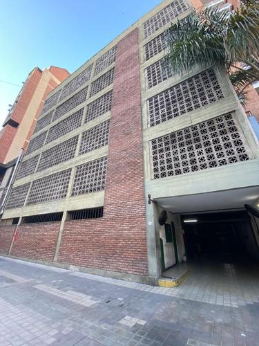 Cochera Grande A La Venta Nueva Córdoba