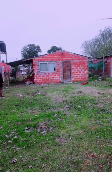 Casa Con 1 Dormitorio Cosina Comedor Y Baño