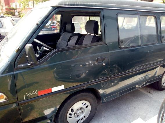 Hyundai Grace 2001