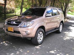 Toyota Fortuner 3.0 Diesel En Excelente Estado