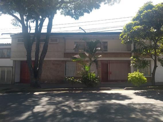 Arriendo Casa, Barrio Prado De Medellin, Ant