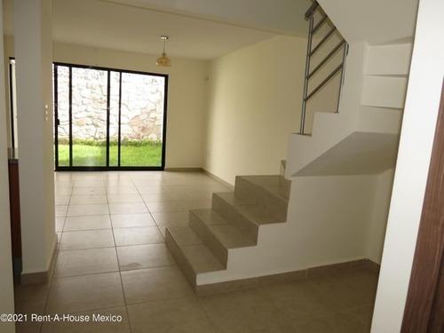 Imagen 1 de 14 de Qh1 Casa De 3 Recámaras En Venta En El Refugio, Con Amenidades