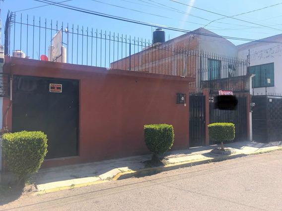 Casa Metepec Con Local Comercial