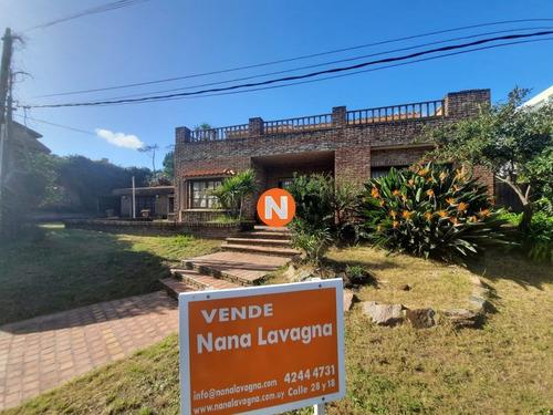 Casa En Venta, Mansa, Punta Del Este, 4 Dormitorios.- Ref: 210001
