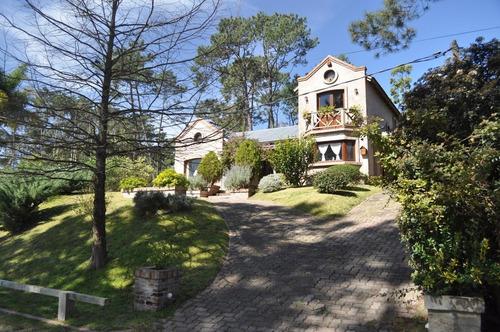Casa  En Venta - Pinares - Punta Del Este