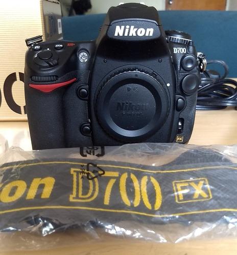 Cámara Profesional Nikon D700 Full Frame Y Accesorios Gratis