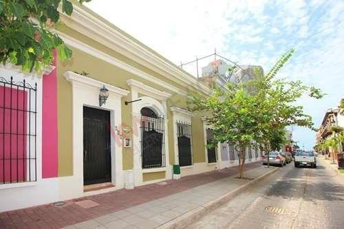 Casa En Venta Centro Histórico Mazatlán.