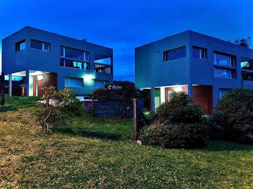 Casas De Playa En Luna Roja