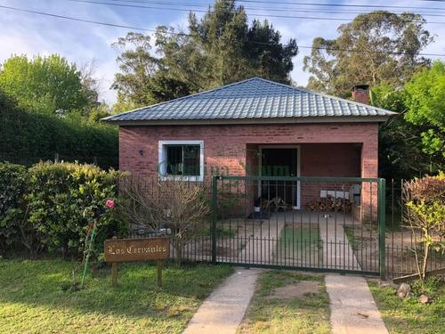 Dos Casas Màs Barbacoa En Zona De Colegios, Jardines De Córdoba.- Ref: 37346
