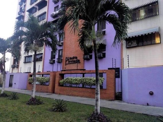 Apartamento En Venta. Maracay. Cod Flex 20-1037 Mg