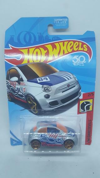 Hot Wheels Fiat 500 Daredevils Carrito A Escala Nuevo Mattel