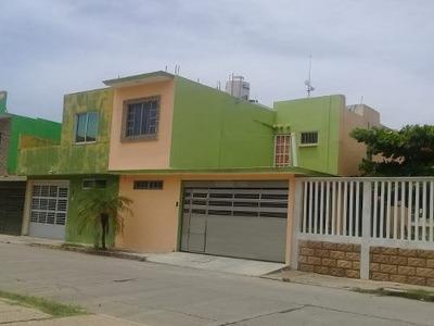 Casa A La Venta En Fraccionamiento Puerto Esmeralda