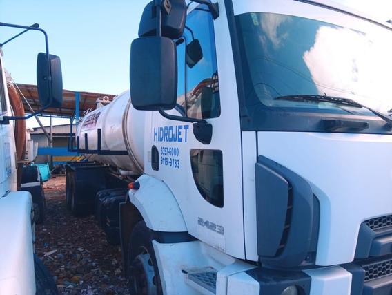 Ford Cargo 2423 Com Tanque Limpa Fossa