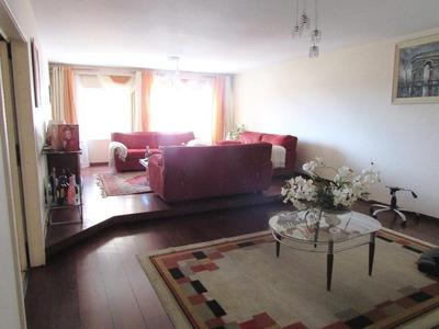 Apartamento Em Andar Alto, 01 Por Andar, Com 04 Quartos (03 Suítes) No Bigorrilho!! - Ap0019