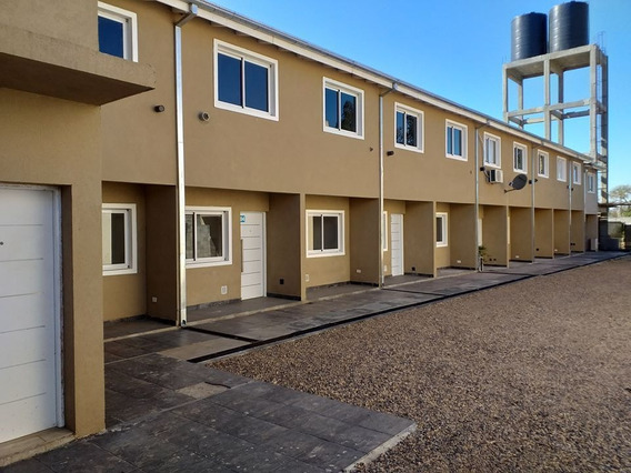 Duplex En Alquiler 3 Ambientes C/ Cochera Y Patio En Condominio San Miguel