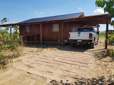 Muy Linda Cabaña En Barrio Nautico Sagastume