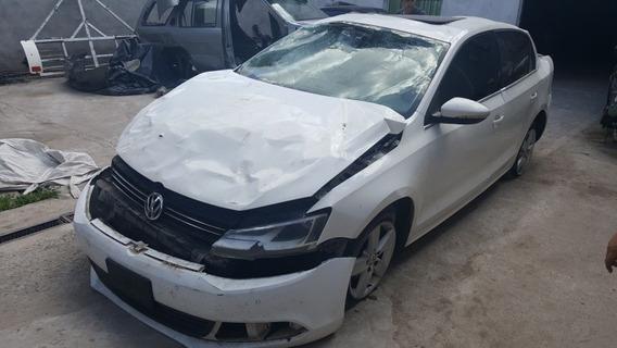 Volkswagen Vento 2.5 De Baja