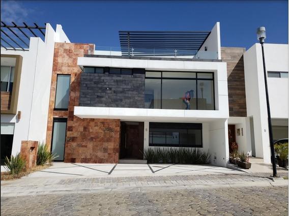 Casa En Renta En Lomas De Angelopolis