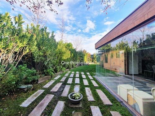Imagen 1 de 13 de Santiago College/ Venta Casa 5d5b 2 Sala Estar/ Lo Barnechea