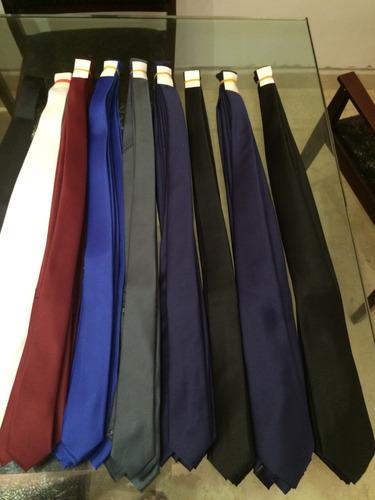 Corbatas Unicolor De Primera Calidad Uomo Venetto 4 Unidades