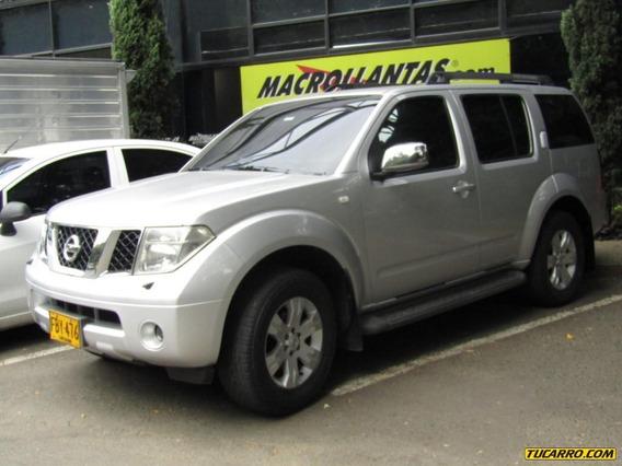 Nissan Pathfinder Le 4000 Cc