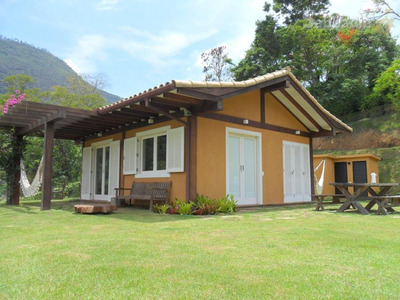 Casa Com 1 Dormitório À Venda Por R$ 650.000 - Secretário - Petrópolis/rj - Ca0129