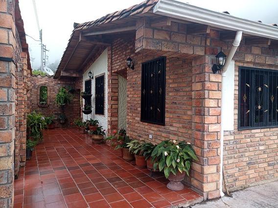 Hermosa Casa Campestre Con Tierras De Cultivo En El Fical