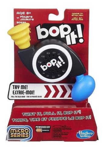 Imagen 1 de 6 de Bop It Microserie B0639 Hasbro Estirar Estrujar Golpear Edu
