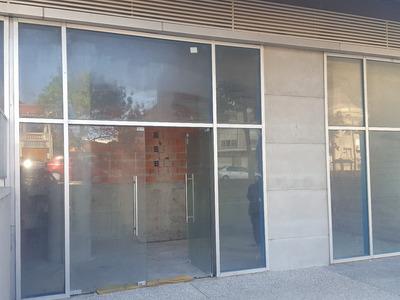Local Sobre Calle Rivera - Edificio Diamantis Plaza